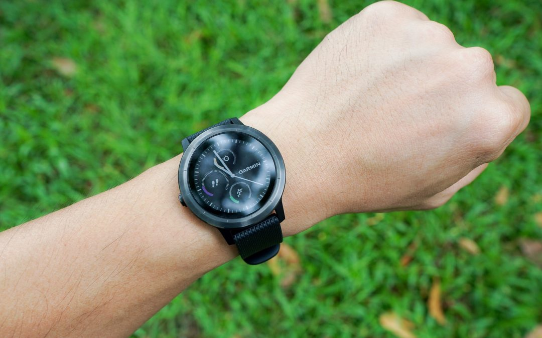 Is It Ok to Wear Fitness Trackers With a Watch?